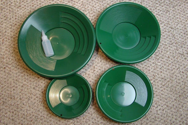 "Lot of  4 Green Gold Pans 8""-10""-12""-14"" Bottle Snuffer-Panning-Mining"