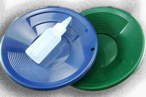 "Lot of 2 - 8"" Blue & Green Gold Pans w/ Bottle Snuffer-Panning Kit-Prospecting"