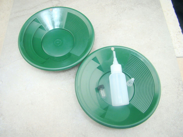 "Lot of 2 - 8"" Green Gold Pans w/ Bottle Snuffer & Vial-Panning Kit-Duel Riffles"