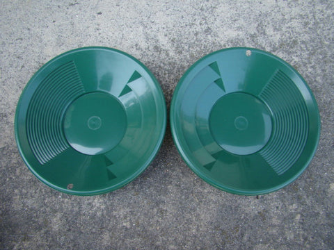 "Lot of 2 - 8"" Green Gold Pans - Panning - Duel Riffles - Mining Prospecting  ***"