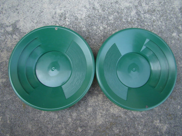 "Lot of 2 - 10"" Green Gold Pans - Panning - Duel Riffles - Mining Prospecting ***"