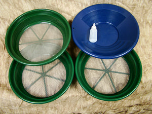 "3 Large Screens 1/8-1/12-1/20"" Classifiers-Sifting +14"" Blue Gold Pan & Snuffer"