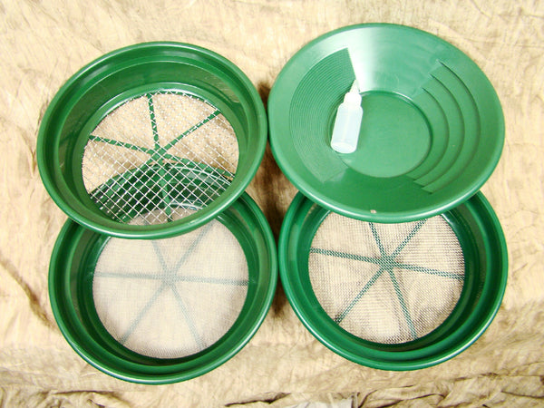 "3 Large Screens 1/2-1/8-1/20"" Classifiers-Sifting +14"" Green Gold Pan & Snuffer"