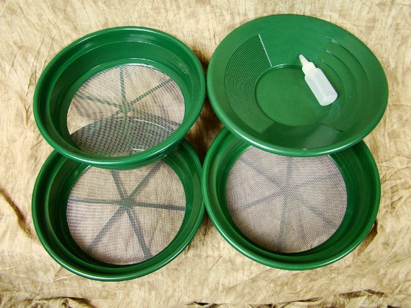 "3 Large Screens 1/12-1/20-1/30""Classifiers-Sifting +14"" Green Gold Pan & Snuffer"