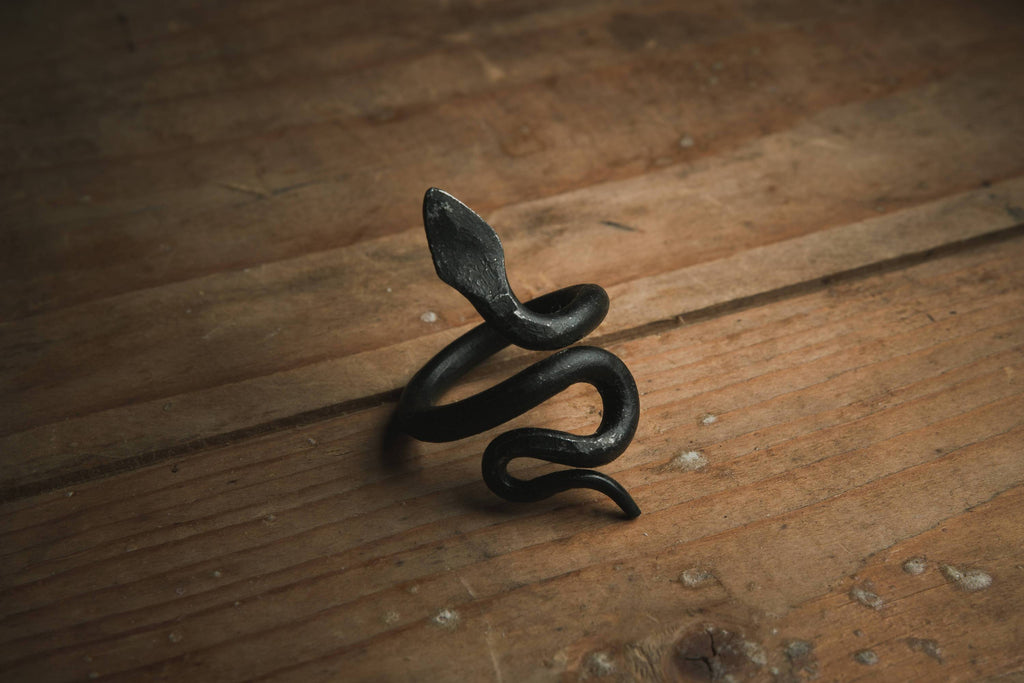 Nidhögg Serpent Viking ring