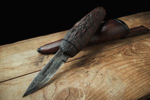 "Handmade knife with ""chainsaw chain damascus"" blade"