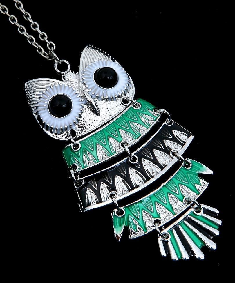 Owl Pendant Necklace Green Black