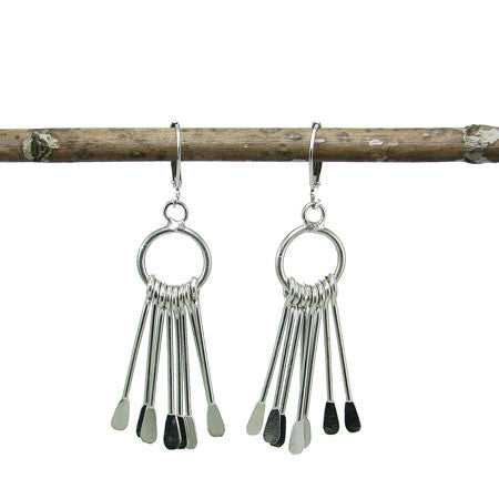 WORLD FINDS - Chime Earrings Silver - The Nature of Beauty