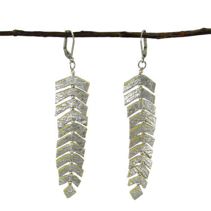 WORLD FINDS - Feather Fringed Earring Silver - The Nature of Beauty