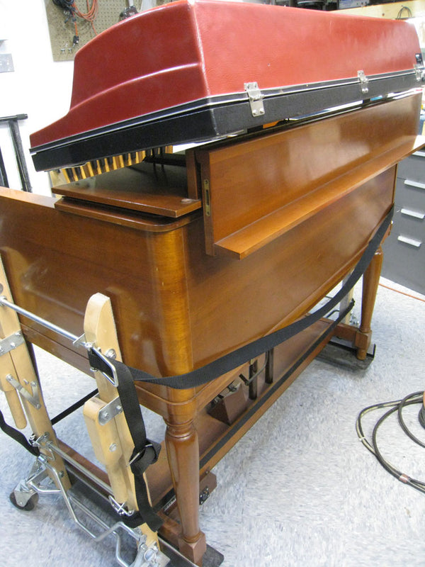 Hammond B-3 Straddler