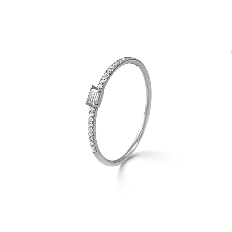 Adjacent Ring in White Gold with Diamonds