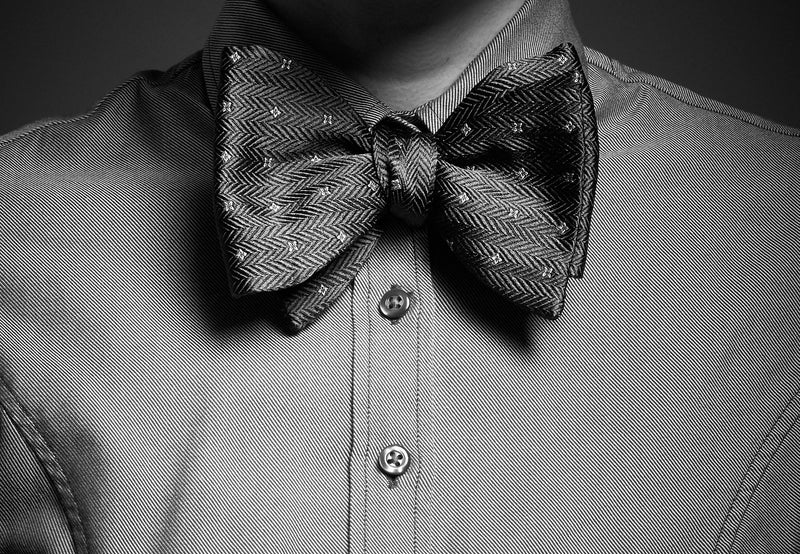 Large Bordeaux silk bow tie - Jacquard herringbone pattern