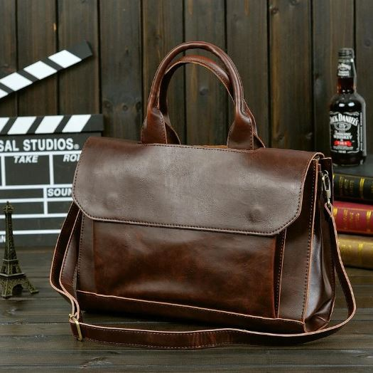 Marcus Leather Retro Styled Shoulder Bag
