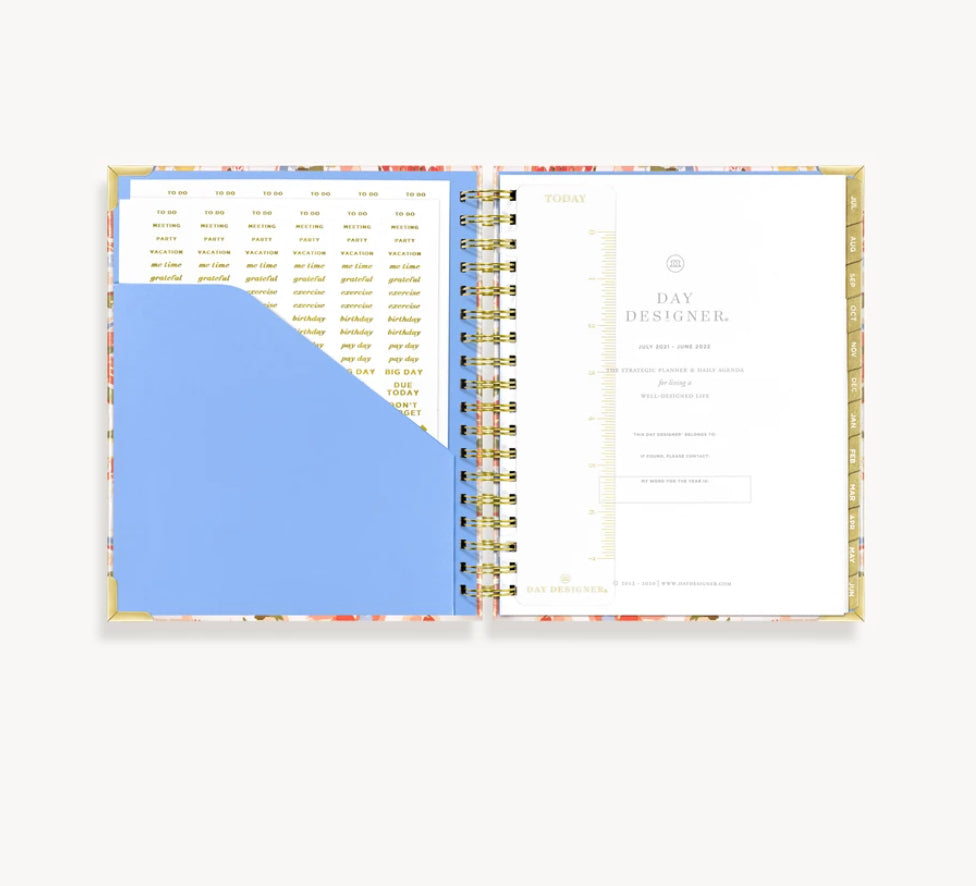 2021-2022 Daily Planner: Petals