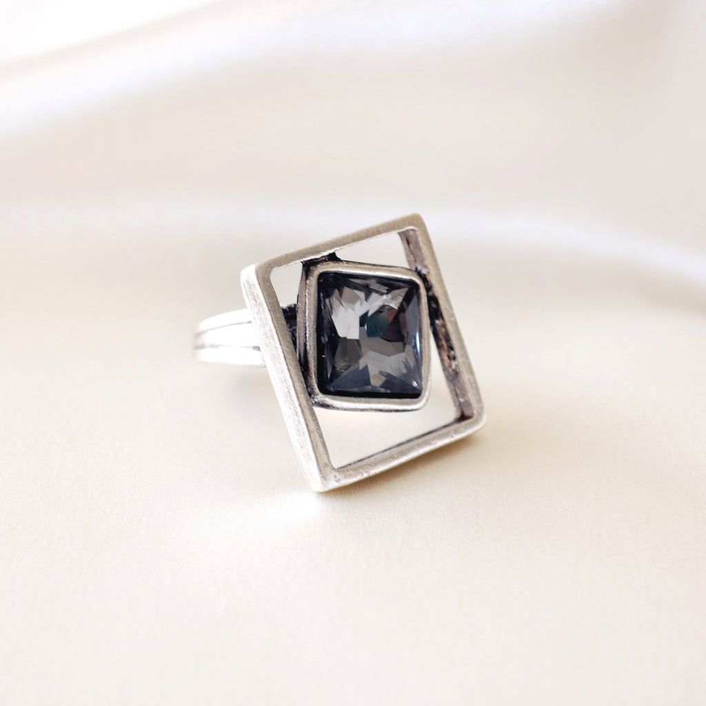 Bailey Ring - Charcoal Crystal