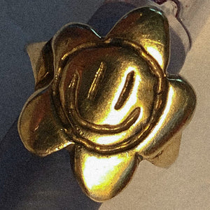 flowerface ring - gold plated