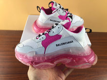 Load image into Gallery viewer, Balenciaga triple s