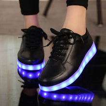 Load image into Gallery viewer, Size 27-41 Children Glowing Sneakers