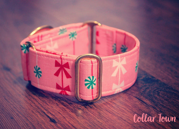 Girly Feminine Peachy Pink Christmas Dog Collar