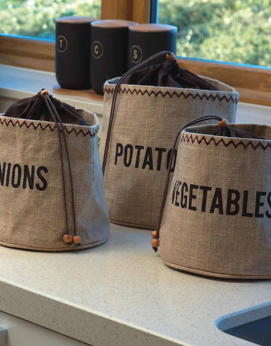 Hessian Onion Preserving Bag with Blackout Lining