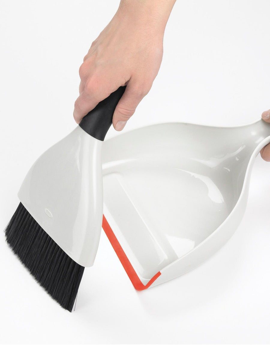 Oxo Good Grips Dustpan & Brush Set