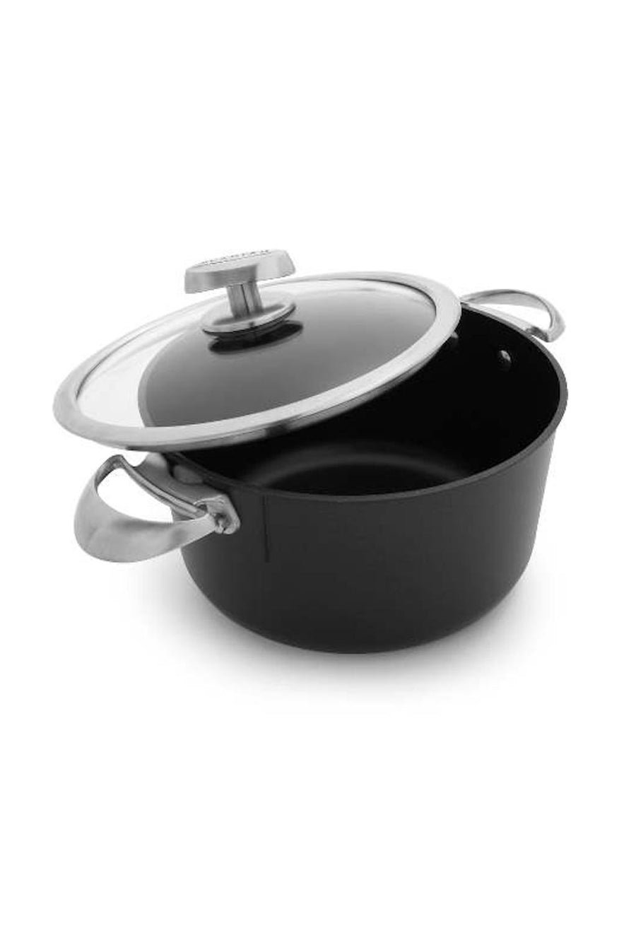Scanpan Pro IQ Dutch Oven with lid