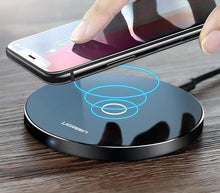 Load image into Gallery viewer, Wireless Charging Dock