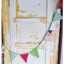 Load image into Gallery viewer, Appliqued Birdcage Bunting