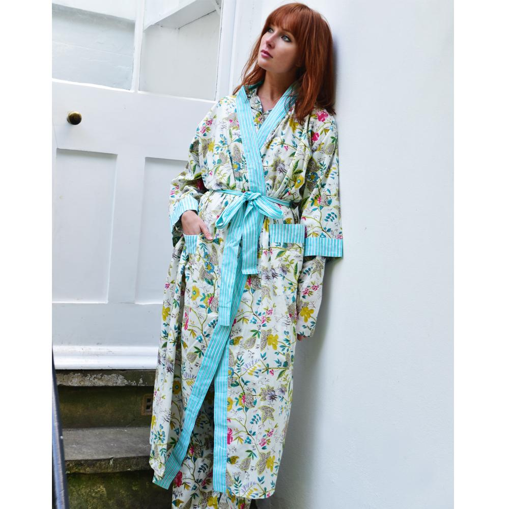 Ladies White Leaf Floral Dressing Gown