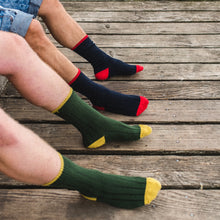 Load image into Gallery viewer, Hector Mens Two Tone Green & Mustard Socks