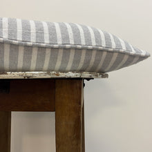 Load image into Gallery viewer, Stripe Cushion Complete Silver