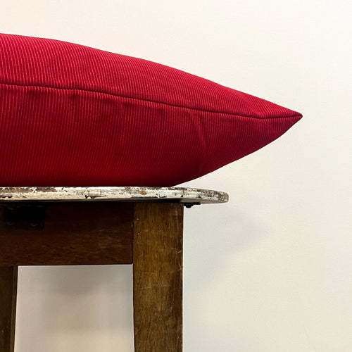 Ribbed Red Cushion Complete