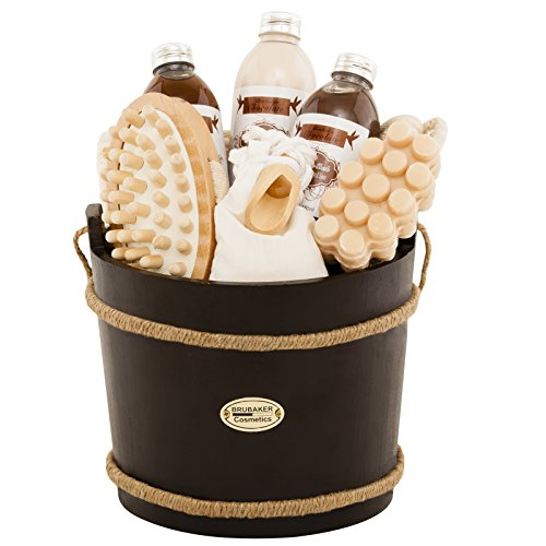 BRUBAKER 9 Pcs Wooden Spa Bath Gift Basket - Chocolate