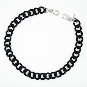Laura bag chain in matt black