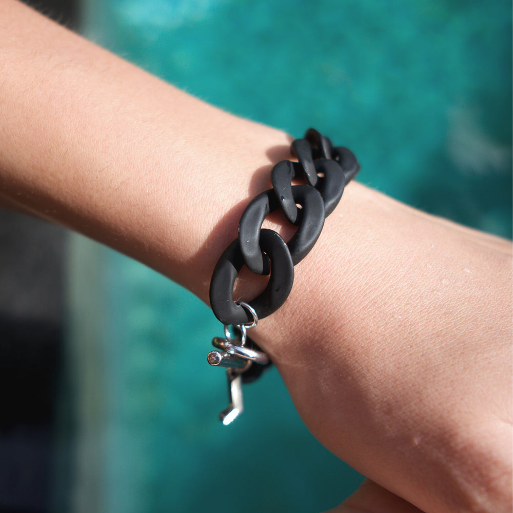 Nancy small bracelet in matt black