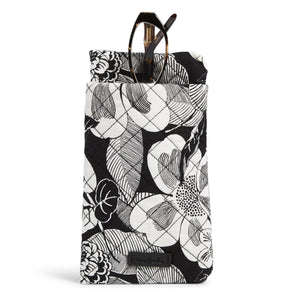 Double Eye Case in Bedford blooms