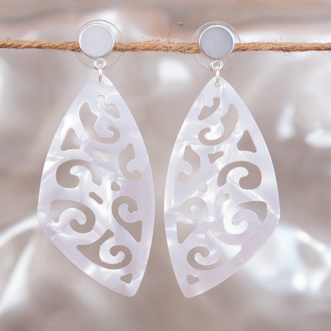 Lacework Earrings - White
