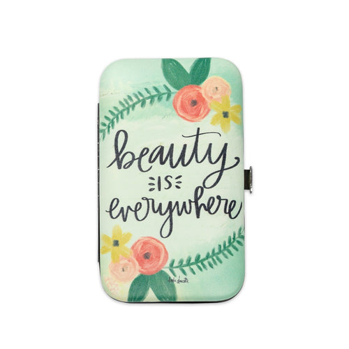 Beauty Is Everywhere Manicure Set