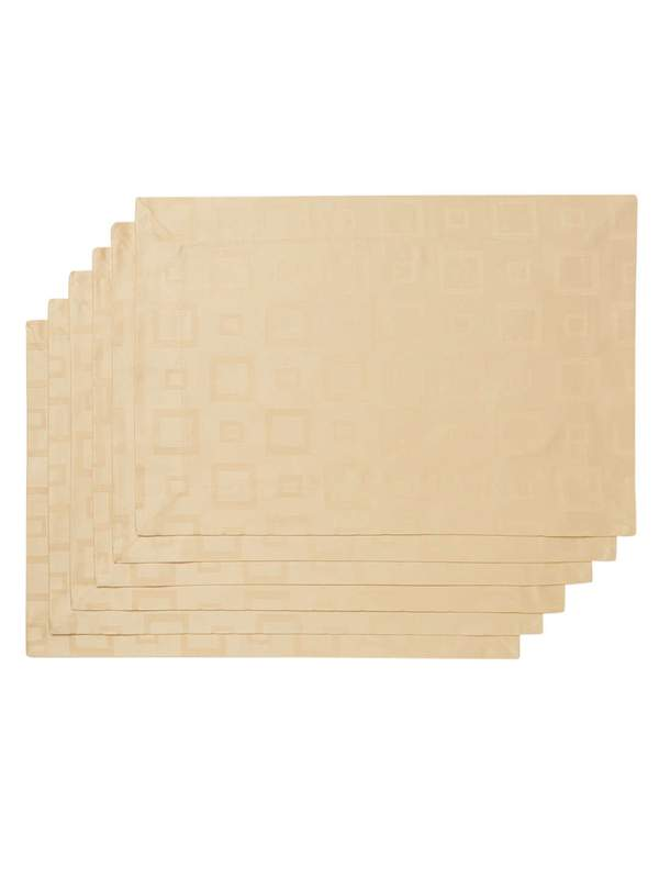 Manhattan Placemats Set of 4 in Assorted Colors