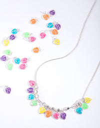 Kids Make Your Own Rainbow Necklace - link has visual effect only