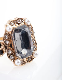 Gold Diamante Black Stone Ring - link has visual effect only