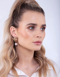 Gold Diamante Bee Stud Earring - link has visual effect only