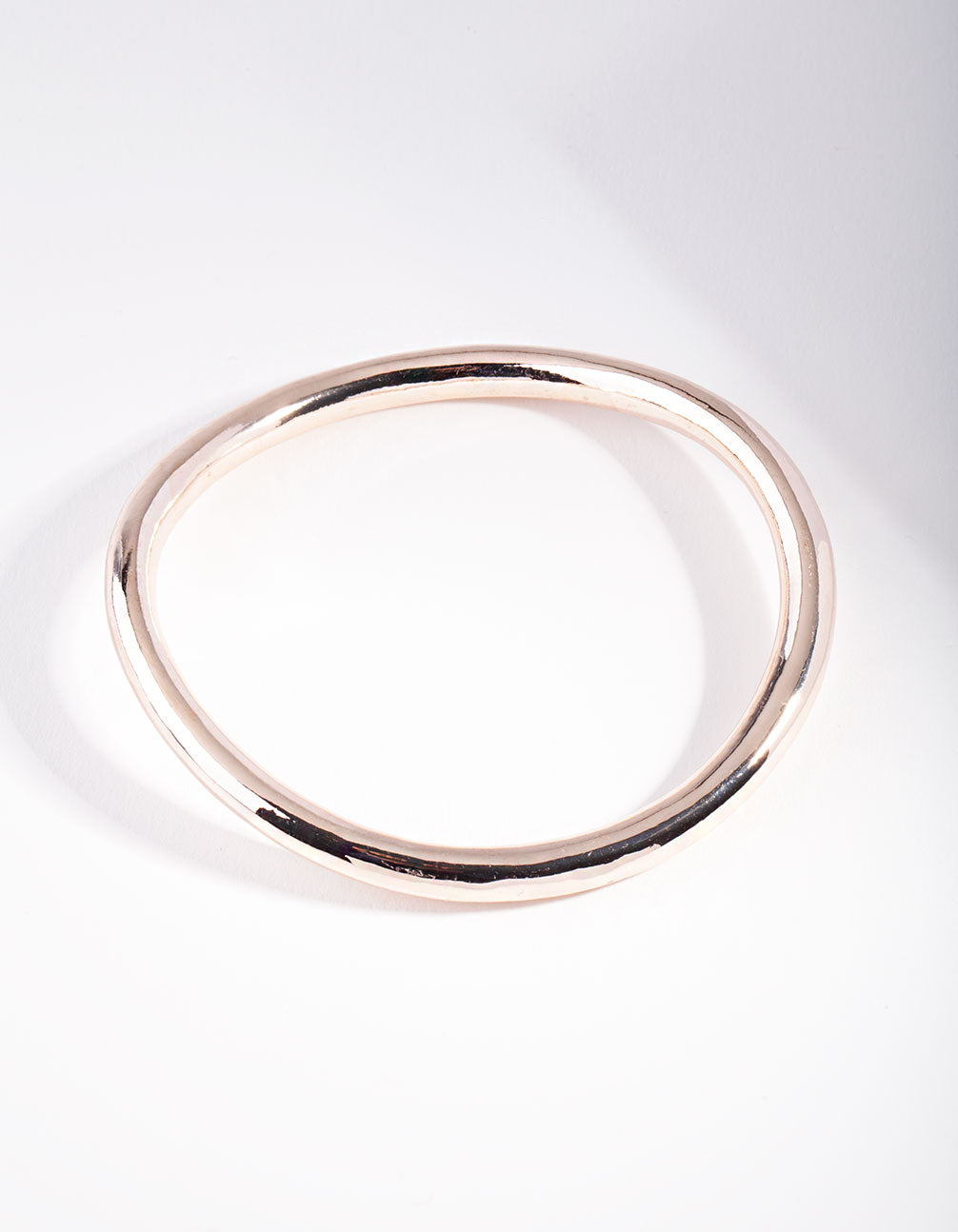 Rose Gold Wavey Round Bangle