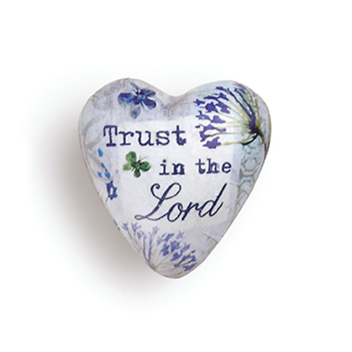 Trust in the Lord Art Heart Token