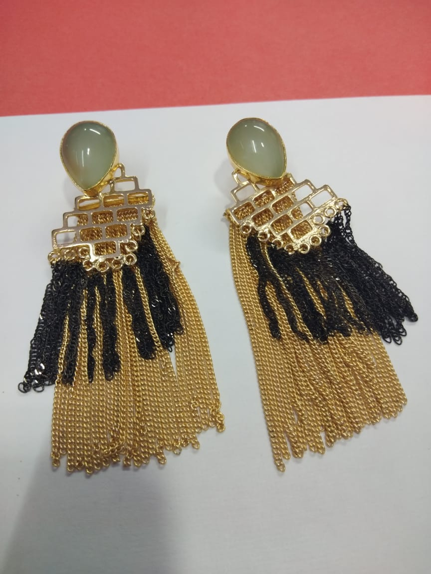 Chain Tassel Earring - Ssoul Eternal You