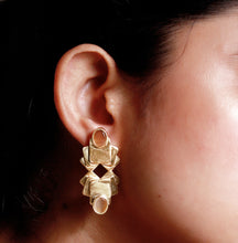 Load image into Gallery viewer, Square Lotus Jhalak Earrings - Ssoul Eternal You