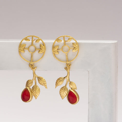Red Stone circular leaf drop earrings - Ssoul Eternal You