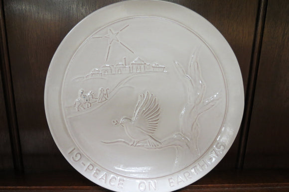 Frankoma Peace On Earth Christmas Plate