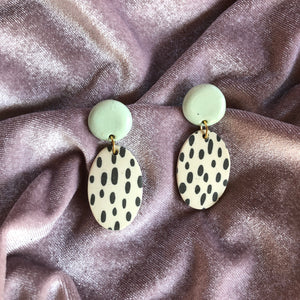 EZZA EARRINGS // RAINDROPS