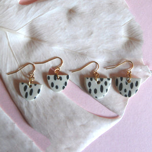 KENDRA EARRINGS // RAINDROPS
